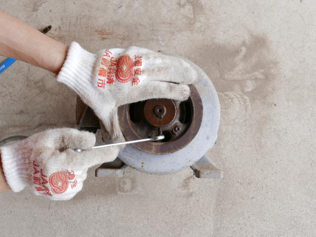 ACモーターのベアリング交換方法