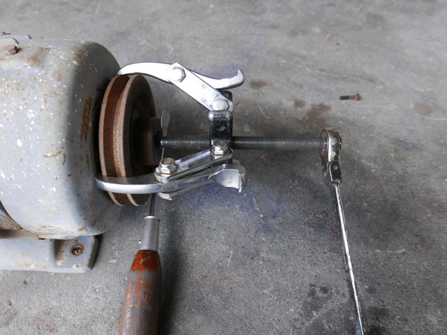 ACモーターのベアリング交換でプーリー抜きの使い方